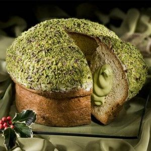 """Panbacco"" panettone con crema al Pistacchio - siciliainweek.it    ...http://www.siciliainweek.it/it/dolci-natalizi-siciliani-panettone-al-pistacchio-/287-pane.html"