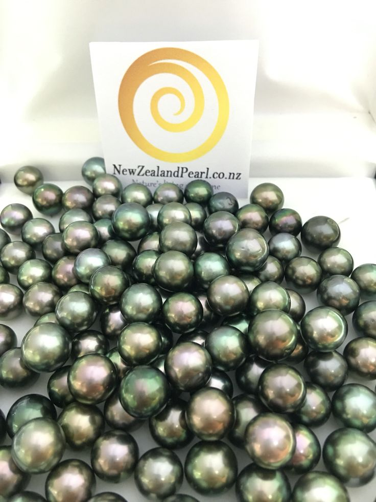 Large amount of Tahitian loose Pearls in stock