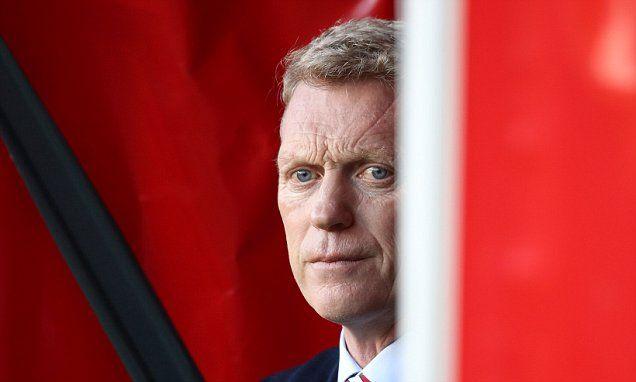 Sunderland's David Moyes gets more time over 'slap' charge