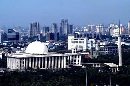 Masjid Istiqlal, Jakarta   Masjid terbesar di Indonesia