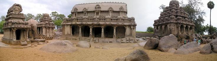 Panoramic view of sculptures from the Pallava Dynasty of Kings in Mahabalipuram / Mamallapuram, Tamil Nadu, India
