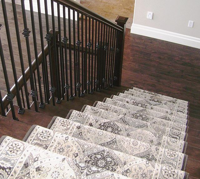 Best 20 carpet on stairs ideas on pinterest stair for What is the best carpet for stairs high traffic
