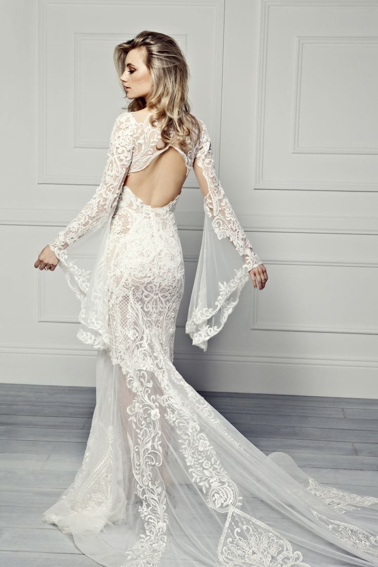 71 best Wedding dresses images on Pinterest | Wedding frocks ...