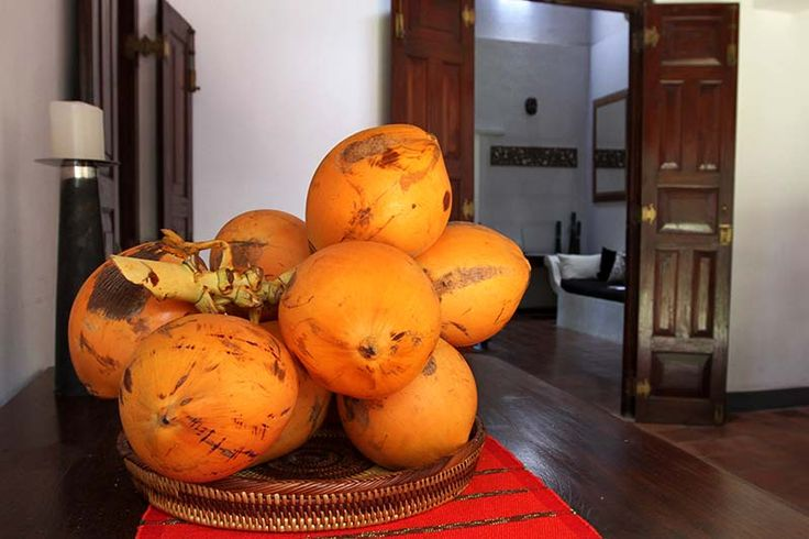 Slow Juicer Sri Lanka : 156 best images about Sri Lankan Food and Recipes on Pinterest Cuisine, Potato curry and Coconut