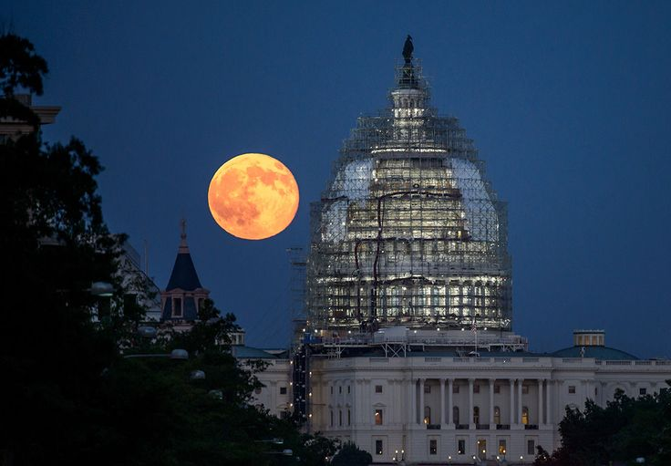 """Monday's full moon will be the biggest and brightest one since 1948 years. Here's how watch the so-called """"supermoon"""" live on several web broadcasts."""