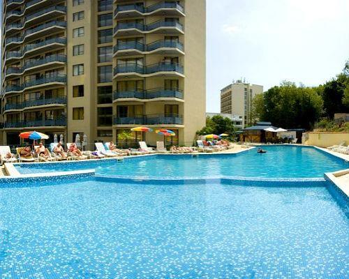 Oferta speciala Paste 2014, Bulgaria - Nisipurile de Aur, Hotel Royal 4* cu bar la piscina si 4 tobogane de apa, sejur 3 nopti, cazare cu Al...