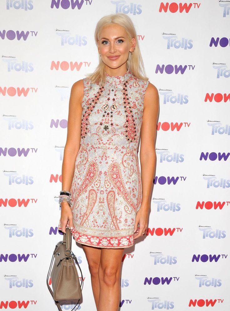 "#London, #StephaniePratt, #TV Stephanie Pratt - ""NOW TV"" Pop-Up Troll Beauty Salon VIP Launch in London 09/02/2017 | Celebrity Uncensored! Read more: http://celxxx.com/2017/09/stephanie-pratt-now-tv-pop-up-troll-beauty-salon-vip-launch-in-london-09022017/"