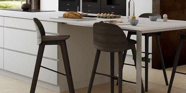 Mano | Design selv et håndtaksfritt hvitt Mano-kjøkken hos Kvik