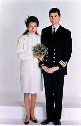 I1992 Princess Anne marries & Timothy Laurence