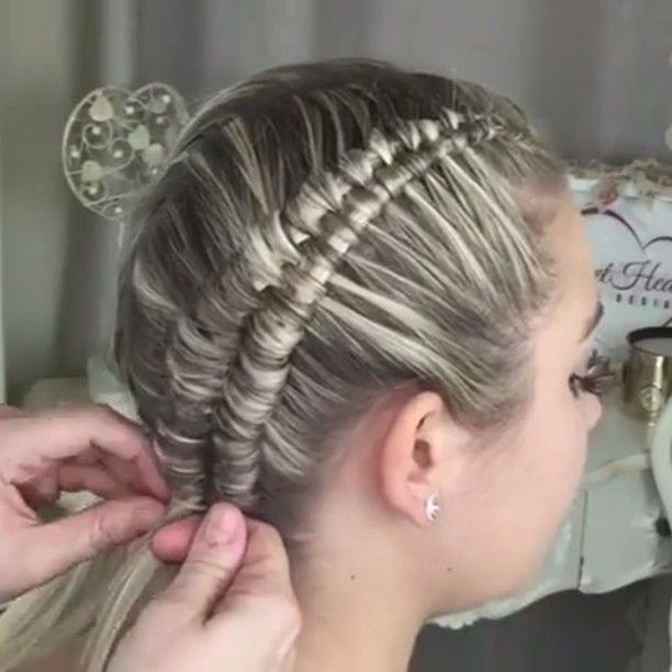 In case you haven't WATCHED  this one yet...THE INFINITY/FIGURE 8 braid ✨ tutorial created by @sweethearts_hair_design @sweethearts_hair_design ✨ The FULL version of this vid is on her YOU TUBE CHANNEL✨ My NEXT braid to MASTER... #infinitybraid #beyondtheponytail