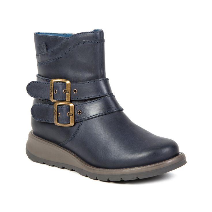 Moshulu Shoes Black Loafer