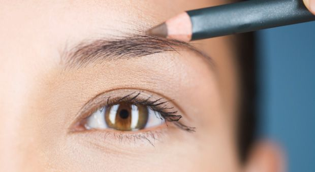 How to Get Perfect Eyebrows - Easy Ways to Shape and Sculpt Your Brows