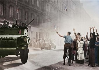 World War II. Liberation of Paris. The armoured cars of Leclerc's division arriving rue Guynemer, August 25, 1944. Colourized picture. Pin by Paolo Marzioli