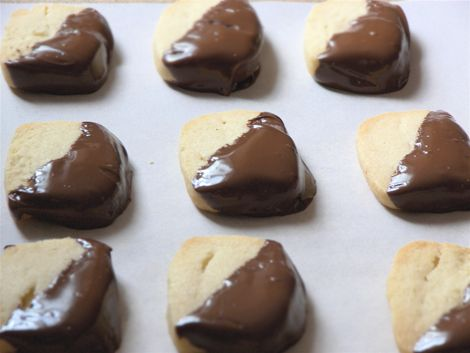 chocolate-dipped macadamia nut shortbread