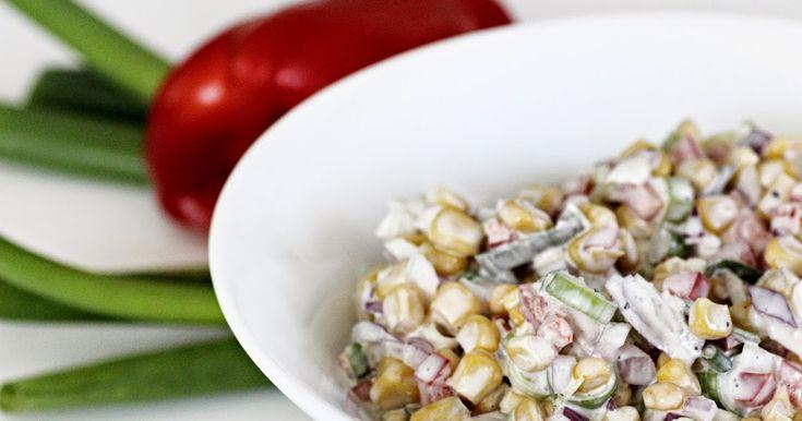 Denne grønnsaks-salaten passer supert til grillmat, lørdagsbiffen   eller som fyll i bakt potet.   INGREDIENSER   ca 4 porsjoner     1 stk ...