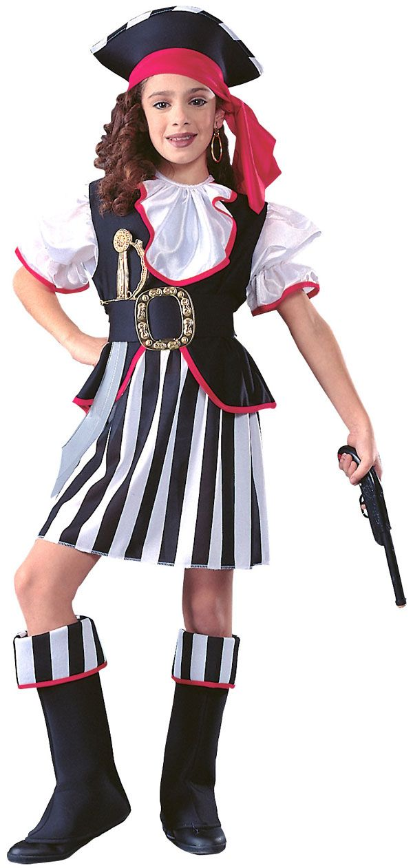 How to dress like a pirate without buying anything
