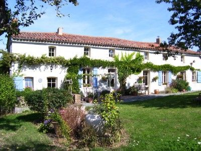 French property, houses and homes for sale in MONTOURNAIS Vendee Pays_de_la_Loire France by the French estate agents