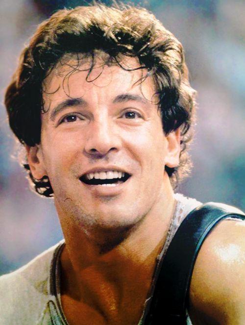 Bruce Springsteen...dancin' in the dark...
