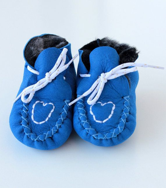 Heart Baby booties First Steps crochet shoe slippers by lefushop