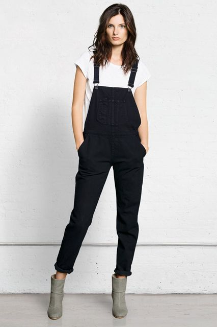 The Tomboy Way To Do Throw-On-&-Go #refinery29  http://www.refinery29.com/overalls#slide10