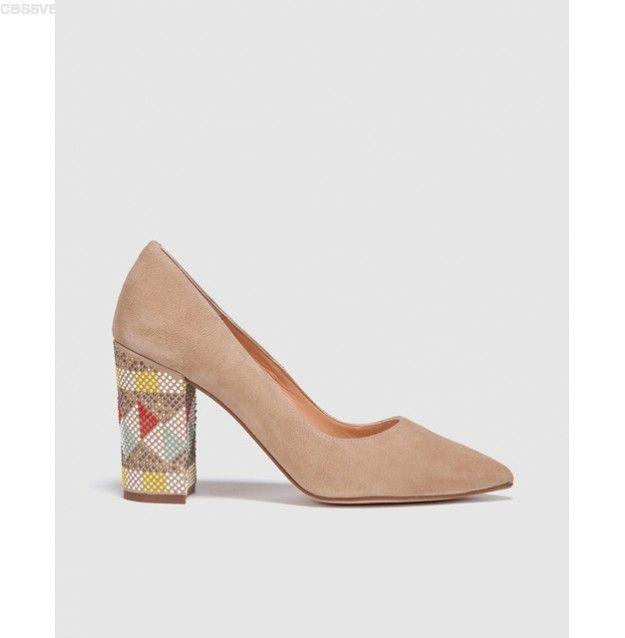 Descuento Pedro Miralles Mujer Zapatos de salón de mujer Pedro Miralles de ante con adorno de tacón Zapatos de salón lisos en ante beige con tacón ancho recto de 8 cm y forrado en ante tono con termosellado étnico CVVUFPW