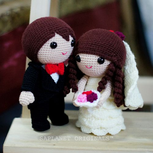 Best-seller projeto da boneca de casamento - Jake & Fiona.  Disponível em estoque pronto.:  Teddy Bears, New Wedding, Crochet Dolls, Crochet Handmade, Someday Crochet, Dolls Design, Dolls Cream, Decor Gifts, Crochet Inspiration