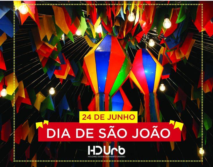 """""""O balão vai subindo, vem caindo a garoa. O céu é tão lindo e a noite é tão boa. São João, São João! Acende a fogueira no meu coração.""""  #sãojoão #nordeste #festasjuninas #hdurb"""