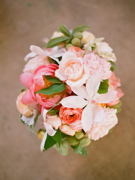 wedding flowers for less best 25 guava wedding ideas on coral wedding 9582