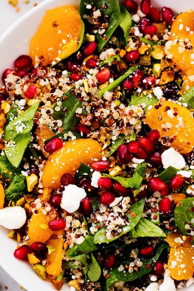 A mouthwatering winter salad with quinoa, spinach, mandarine oranges, and crunchy pistachios. Topped with a creamy lemon greek yogurt dressing ...