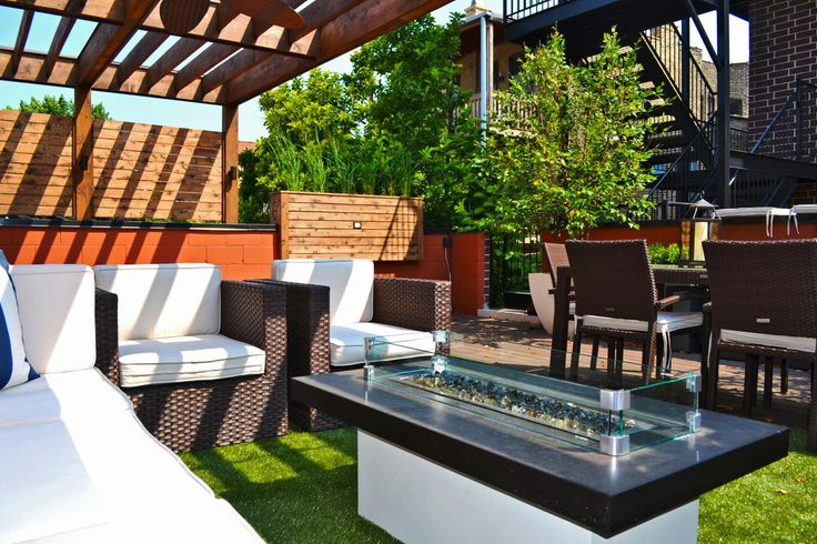 Hip hangouts that stylishly bring the indoors — out. From the experts at HGTV.com.