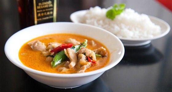 Thajské červené kari s kuřecím masem