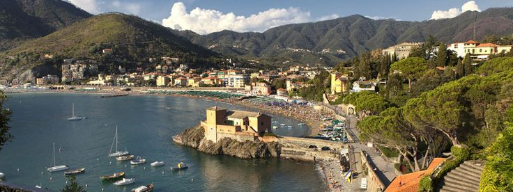 The Annual Crossing of the Gulf of #Levanto a swimming competition held on the third Sunday in August