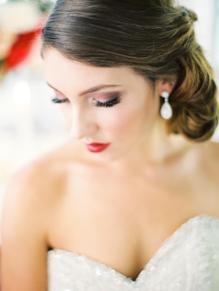 Connu Oltre 25 fantastiche idee su Trucco da sposa con rossetto rosso su  IR76
