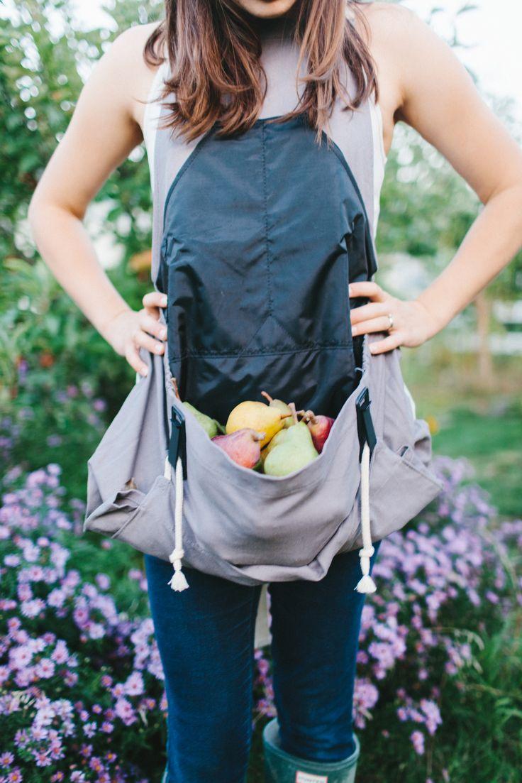 Roo Gardening Apron / Garden Tips / Garden Apron / Harvest Apron $32.95 – The Roo Gardening Apron