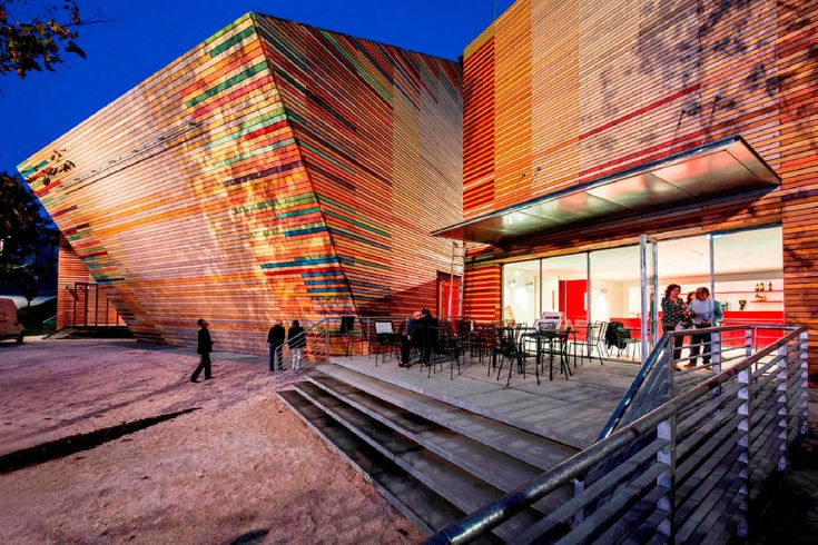 #Arquitectura Auditorium del Parco L'Aquila, Italia. #Proyecto: Renzo Piano Foto: Marco Caselli Nirmal