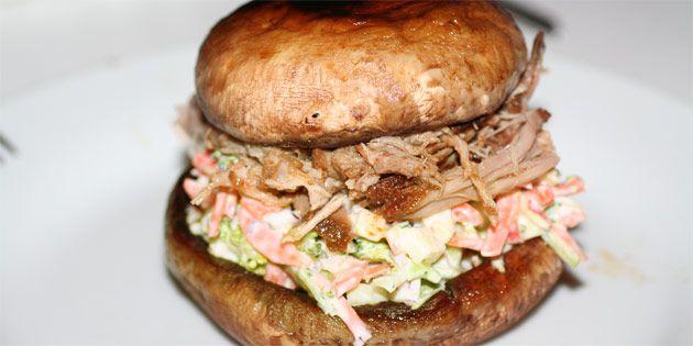 Virkelig lækker pulled pork lavet i stegeso, så kødet holder sig fantastisk saftigt.