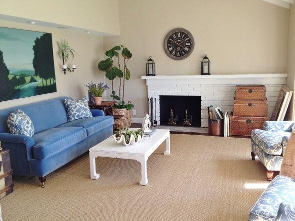 Дизайн гостиной с асимметричным камином