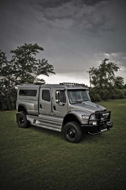 freightliner sportchassis 4x4 truck