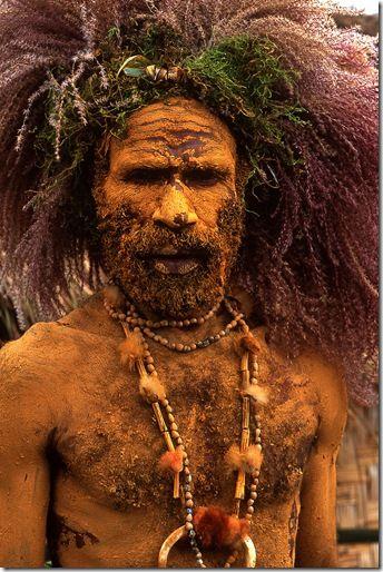 Eric Lafforgue - Hairy Papu warrior, Mount Hagen singsing festival- Papua New Guinea