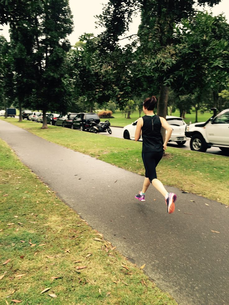 Feeling free in the A200 tights on a fun run with my training buddy in Centennial Park!