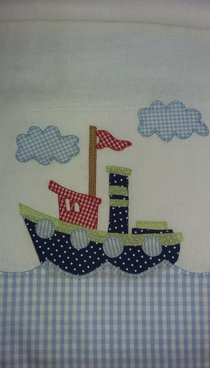 Fralda bordada em patchwork