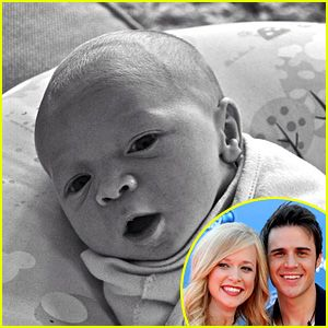 Kris Allen Shares Baby Oliver's First Photos!