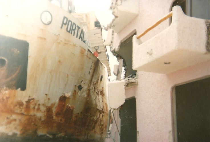 Ship washed ashore, Hurricane Gilbert