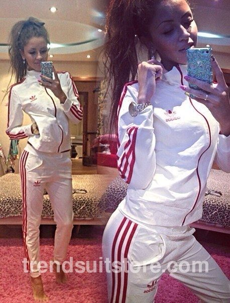 Article CDF00088 #zipup #tracksuit Order of this product only by wholesale catalog at our website.Stylish womens 3 stripes zip up white tracksuit bottoms.