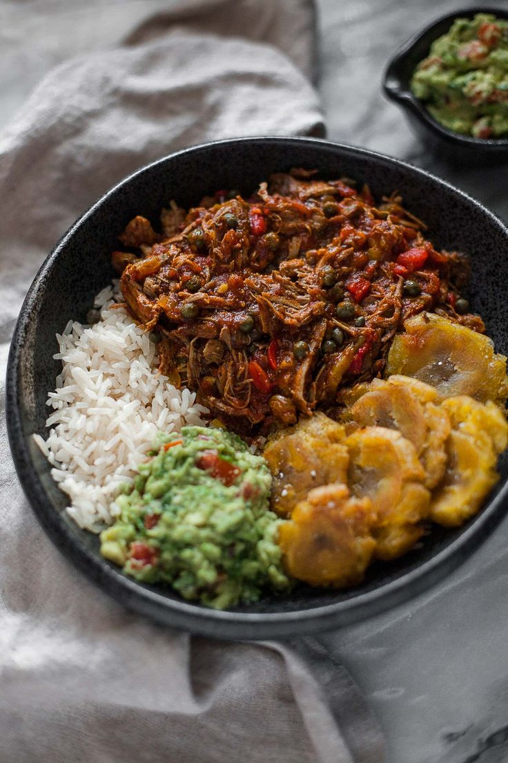 Food Photography :: Get cozy with a big batch of this traditional Cuban beef stew, ropa vieja, made in a slow cooker or pressure cooker, depending on how much time you have. The post Slow Cooker Ropa Vieja: Cuban Beef appeared first on Honest Cooking.