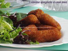 CROCCHETTE DI POLLO ALLA SPAGNOLA, RICETTA TAPAS: http://blog.giallozafferano.it/cucinaspagnola/crocchette-di-pollo-ricetta-tapas/