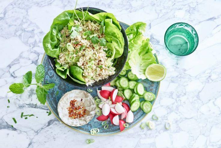 Dé nieuwe foodtrend in Londen: een salade uit Laos op basis van groenten, verse kruiden en rijst. - recept - Allerhande