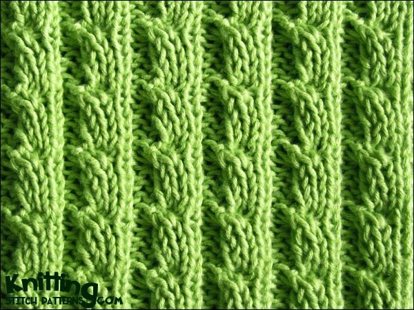 The ears of corn stitch is a six row repeat and is knitted in a multiple of six stitches. | knittingstitchpatterns.com