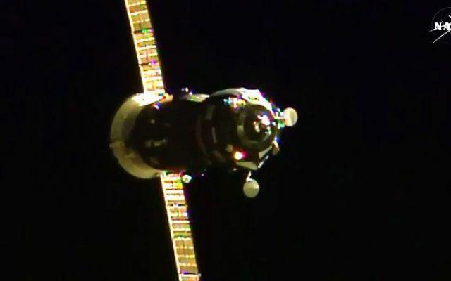 Missione compiuta per il cargo spaziale russo Progress M-28M che ha raggiunto la Stazione Spaziale Internazionale La navicella spaziale Progress M-28M è attraccata alla Stazione Spaziale Internazionale. Il cargo spaziale russo trasporta cibo e acqua oltre a esperimenti scientifici, propellente e hardware vario. #cargospaziali #roscosmos