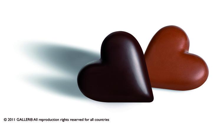 Black & Milk Chocolate Valentine's Heart